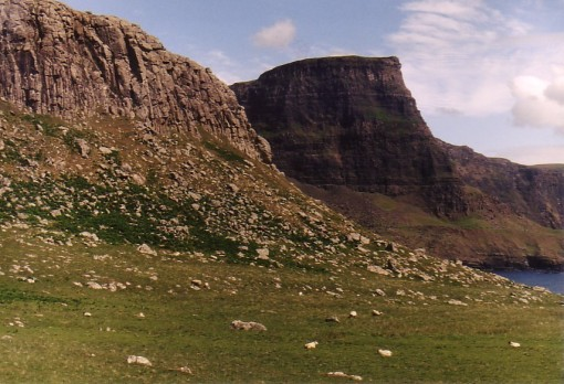 neist-point-to-opposite-cliffs